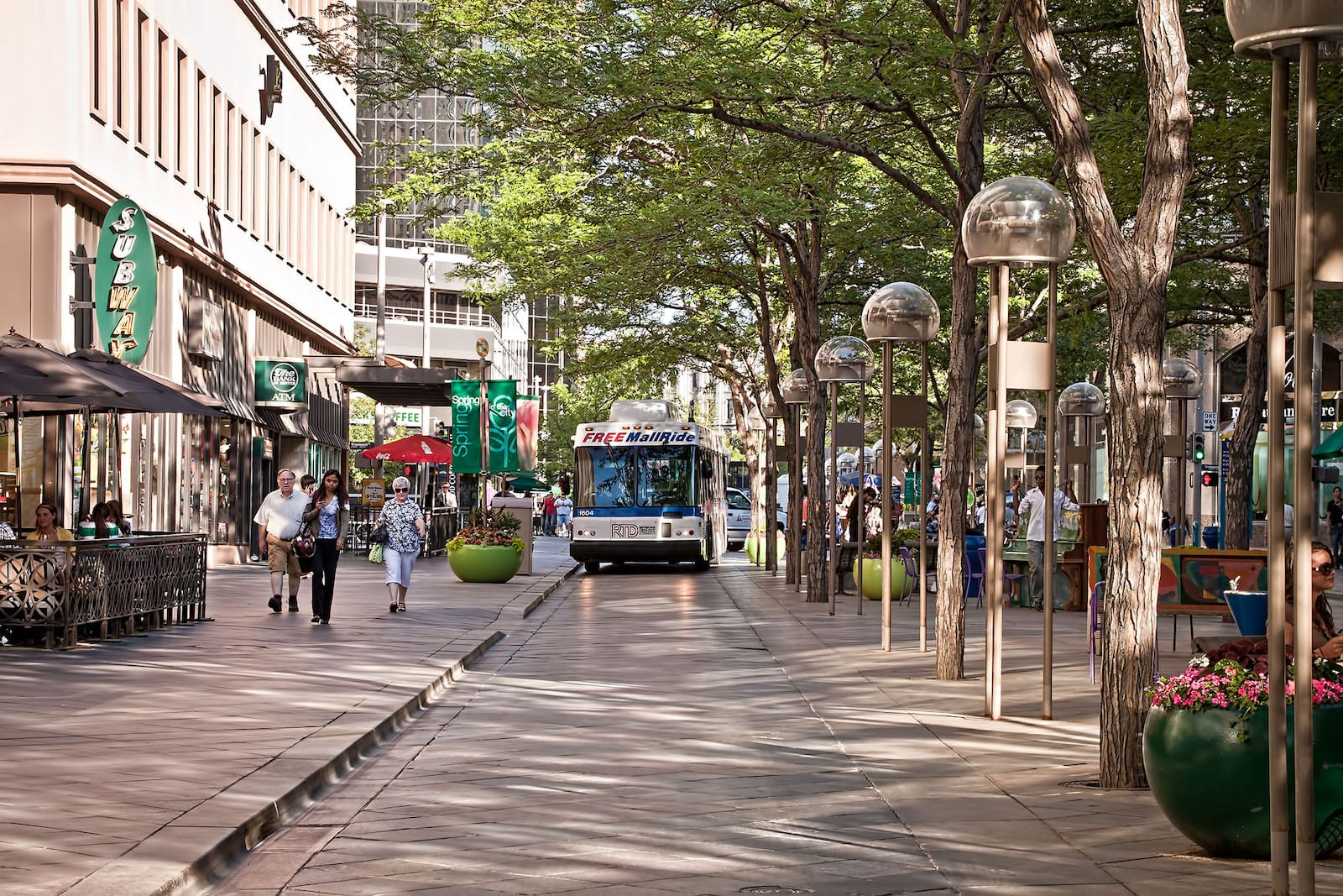 Free 16th Street Mall Bus Ride, CO
