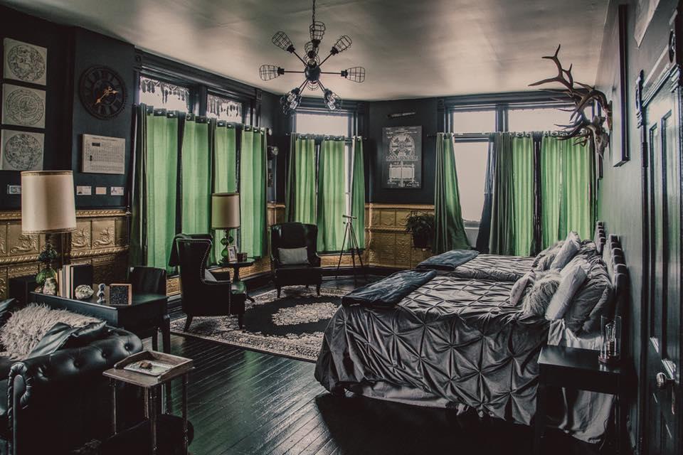Black Monarch Hotel in Victor, CO
