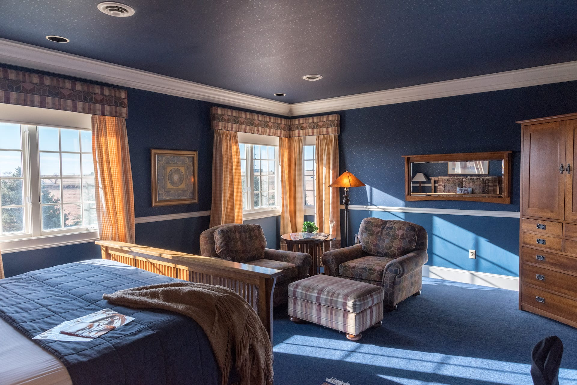 room at the claremont inn and winery