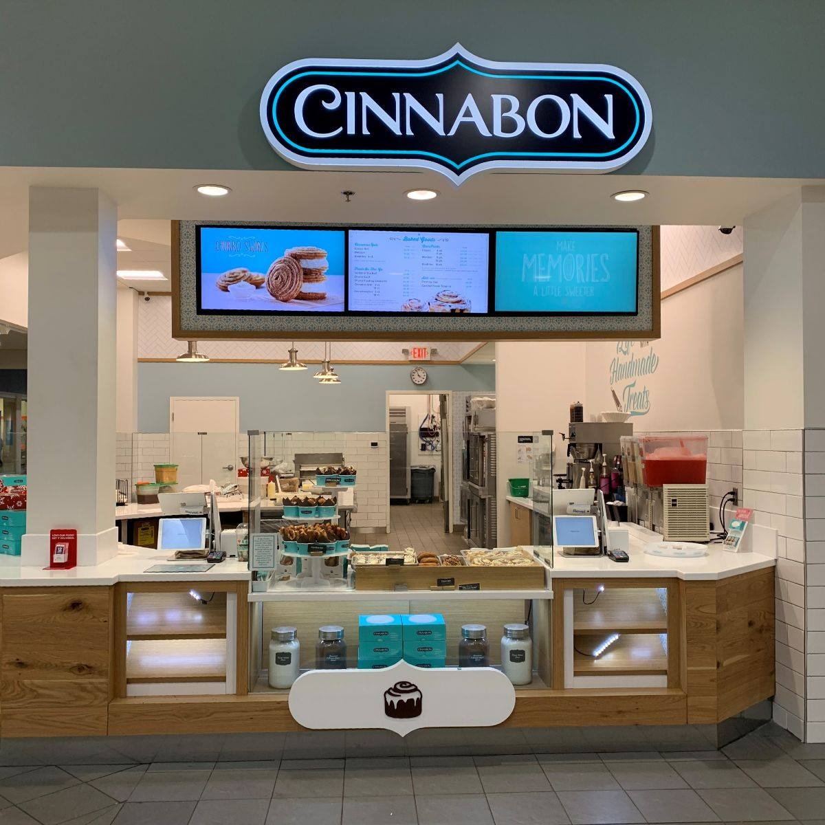 Cinnabon at Town Center at Aurora, CO
