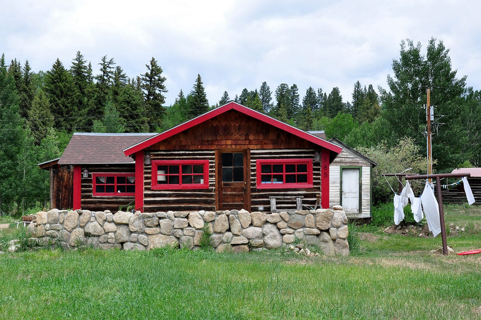 Twin Lakes CO Wooden Home