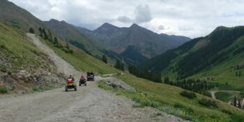 Cinnamon Pass road, CO