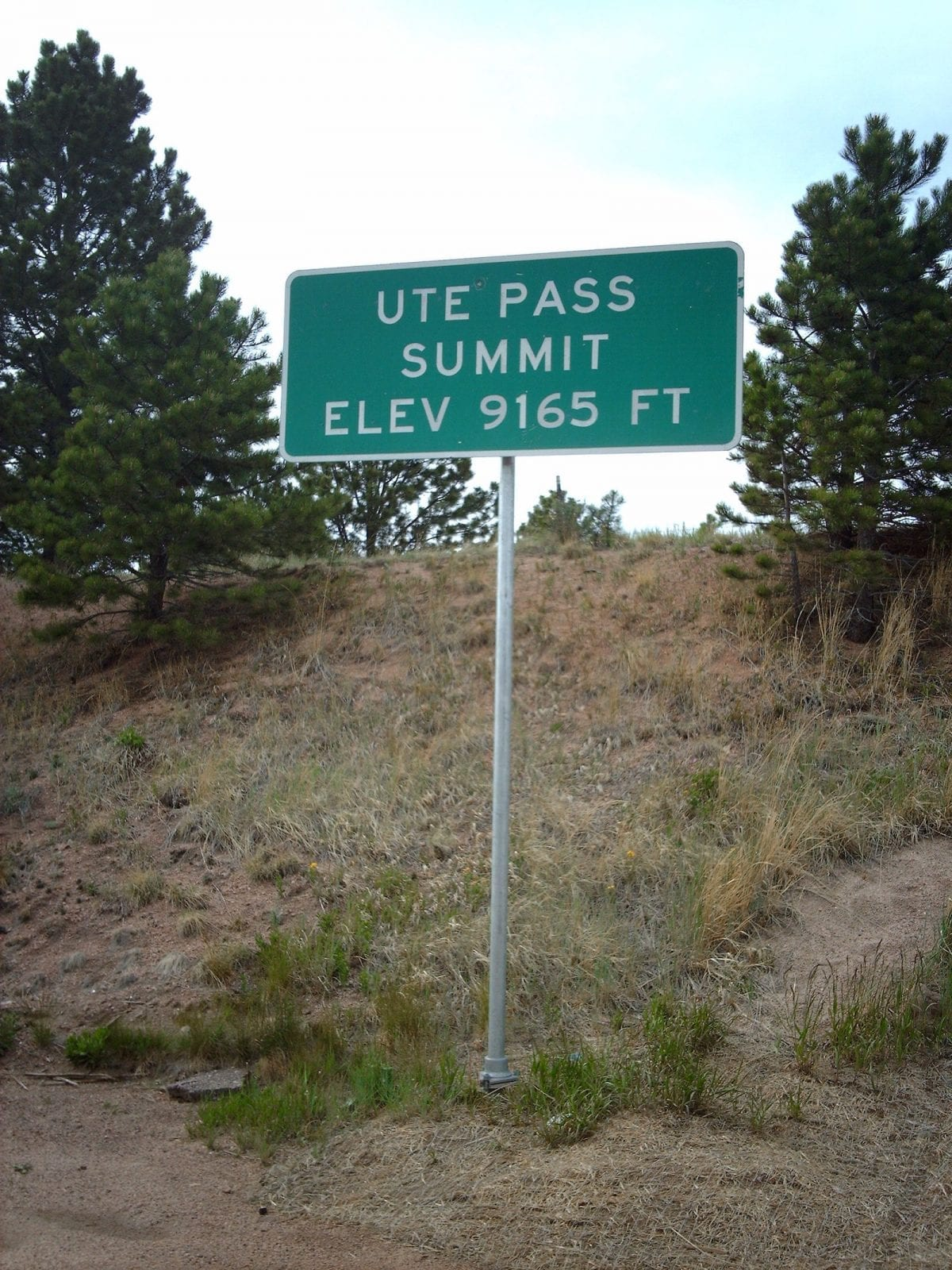 Ute Pass Summit sign, CO
