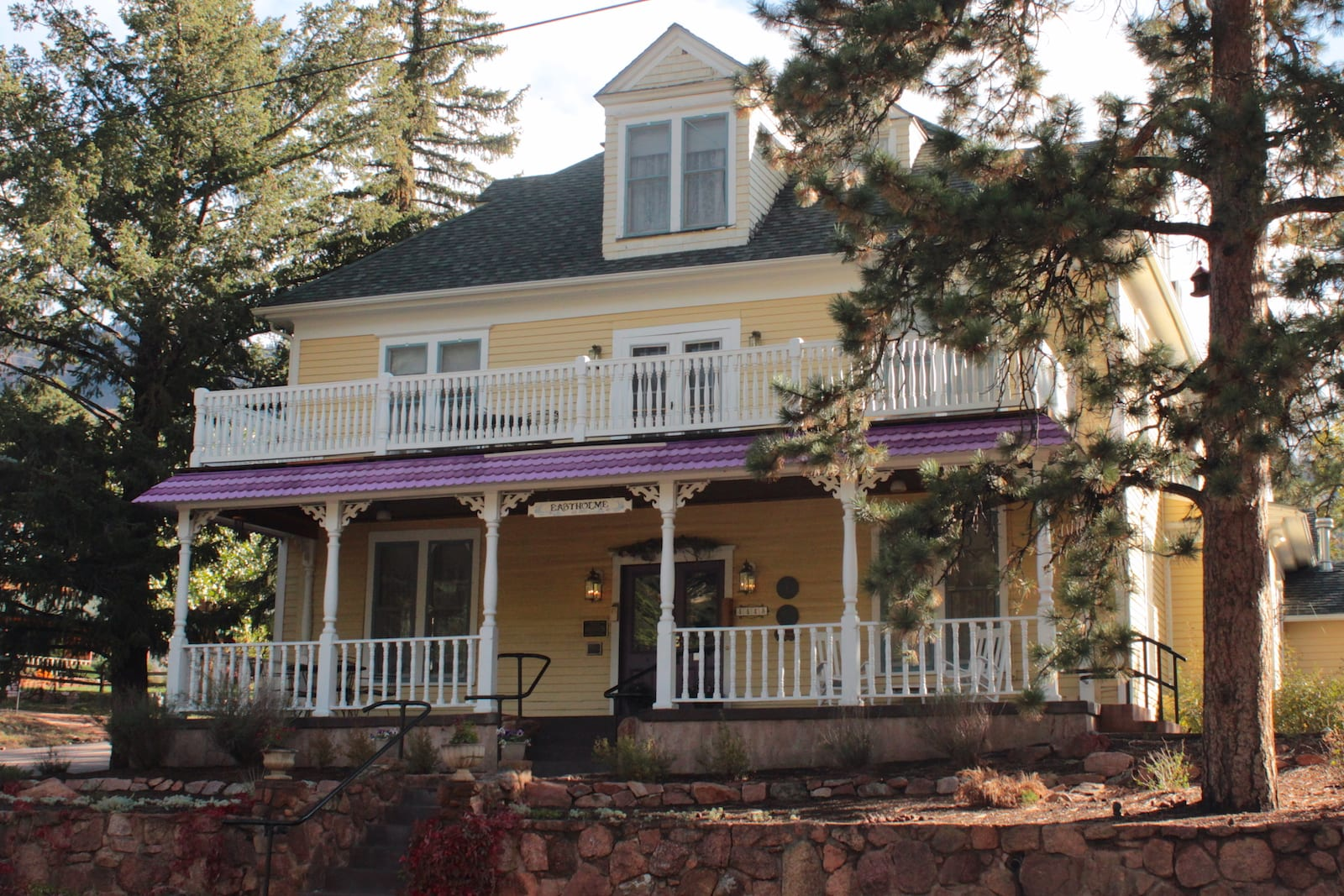 Eastholme of the Rockies Bed and Breakfast Inn Cascade CO