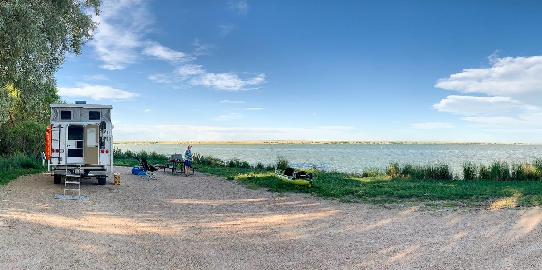 Jackson Lake State Park Lakeside Camping near Fort Morgan CO