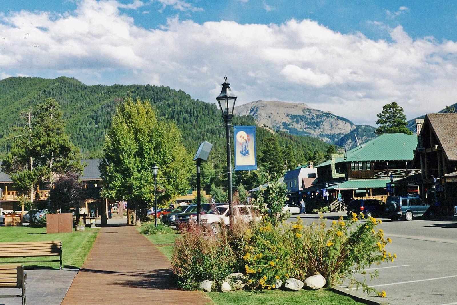 Grand Lake CO Town