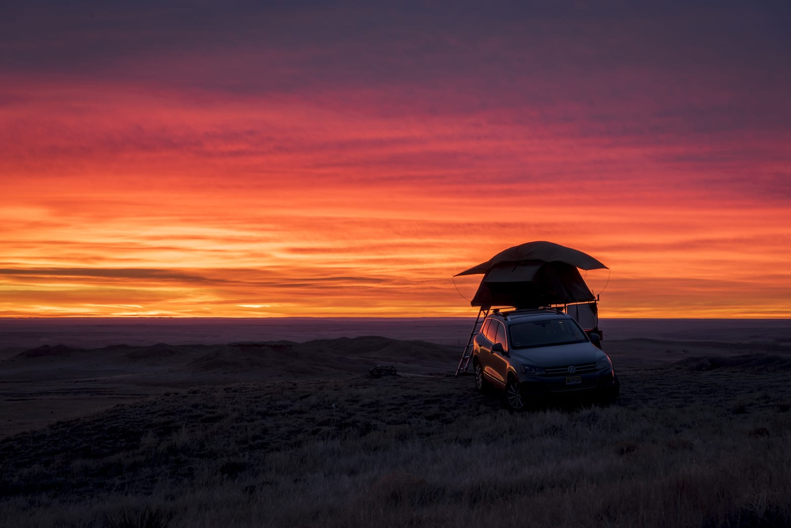 Rooftop Tent Camping in Pawnee National Grasslands at Sunrise