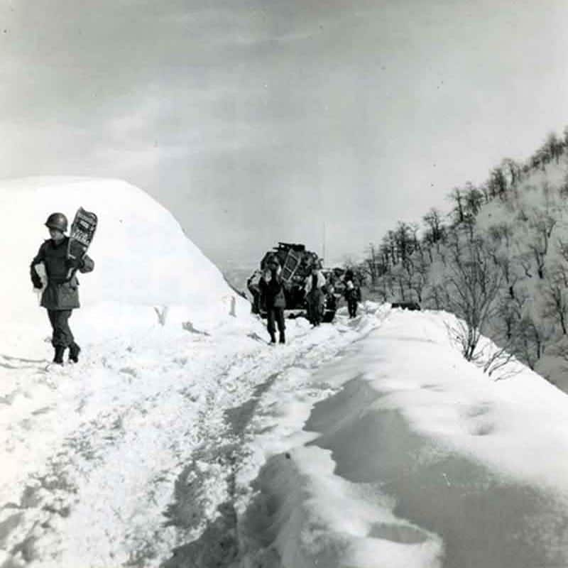 10th Mountain Division Soldiers with Snowshoes WW2 Italy Circa 1945