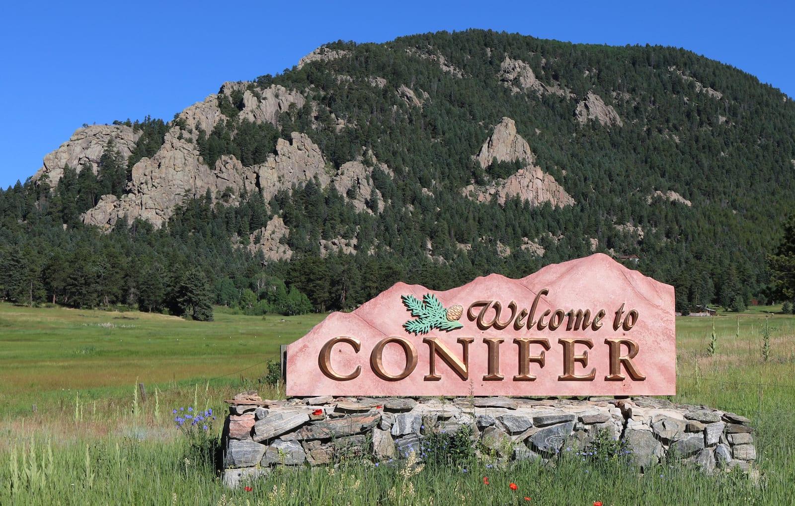 Conifer sign, Colorado