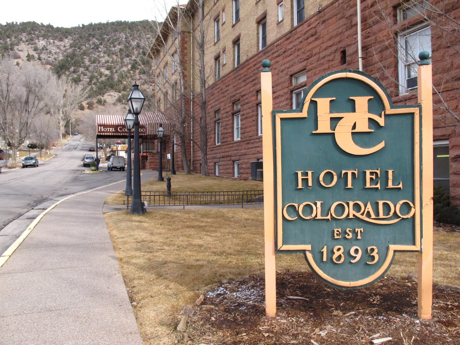 Hotel Colorado Glenwood Springs Sign
