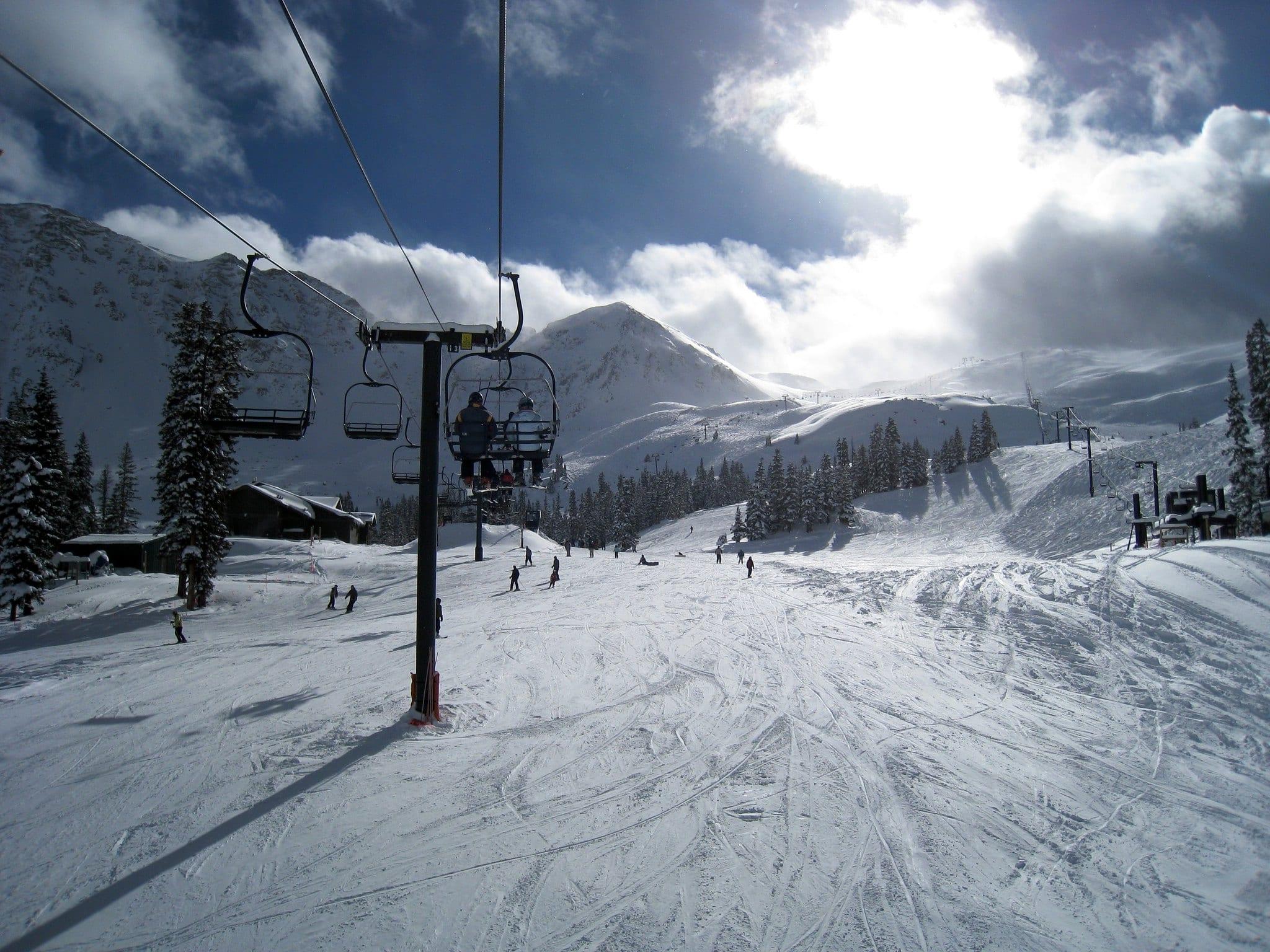 image of arapahoe basin ski resort