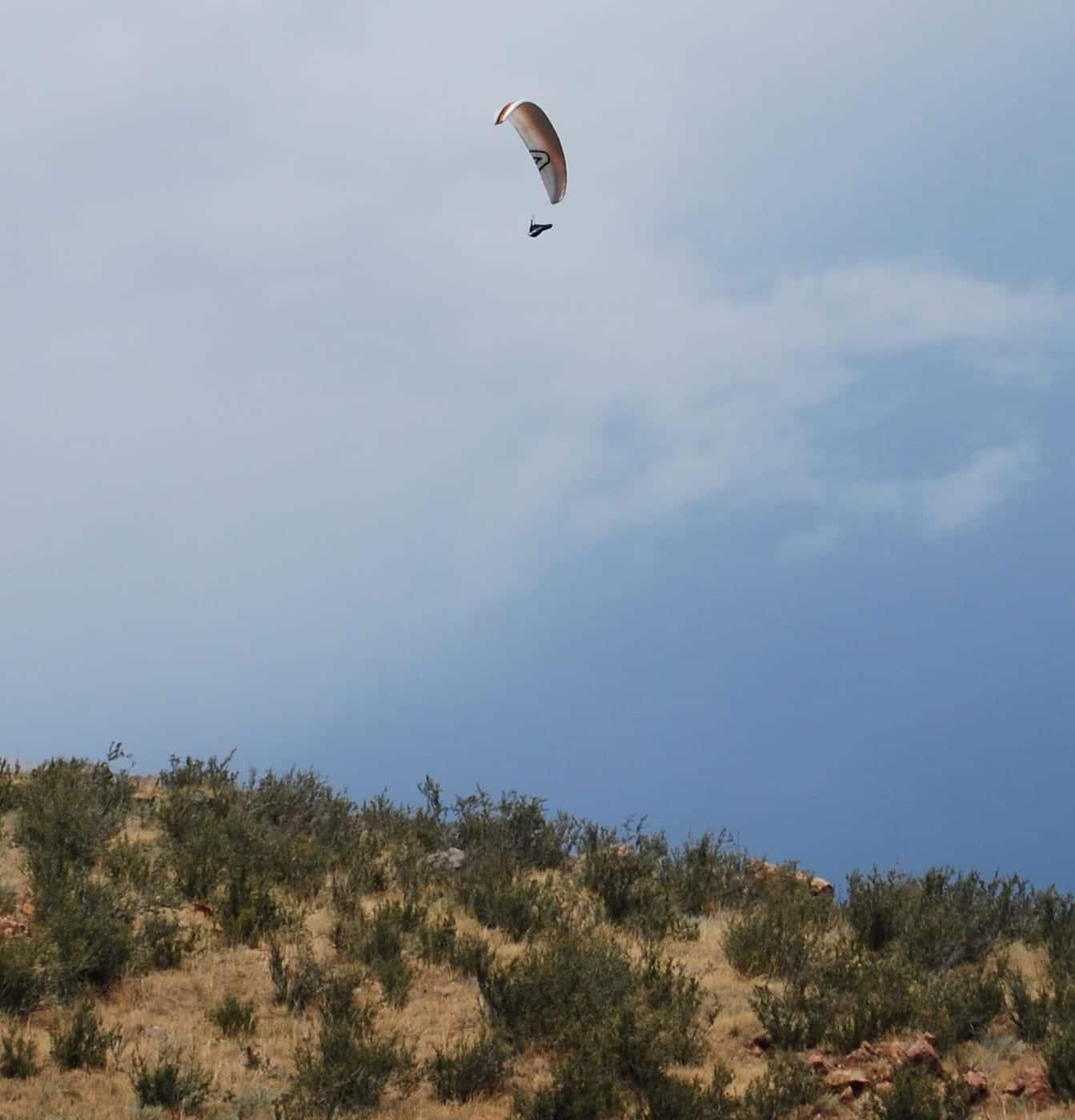 Lookout Mountain Golden Paraglider