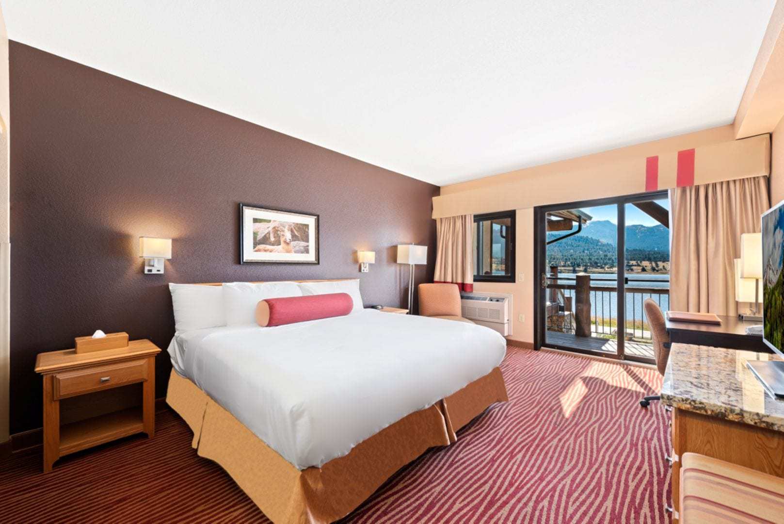 image of a room at the estes park resort