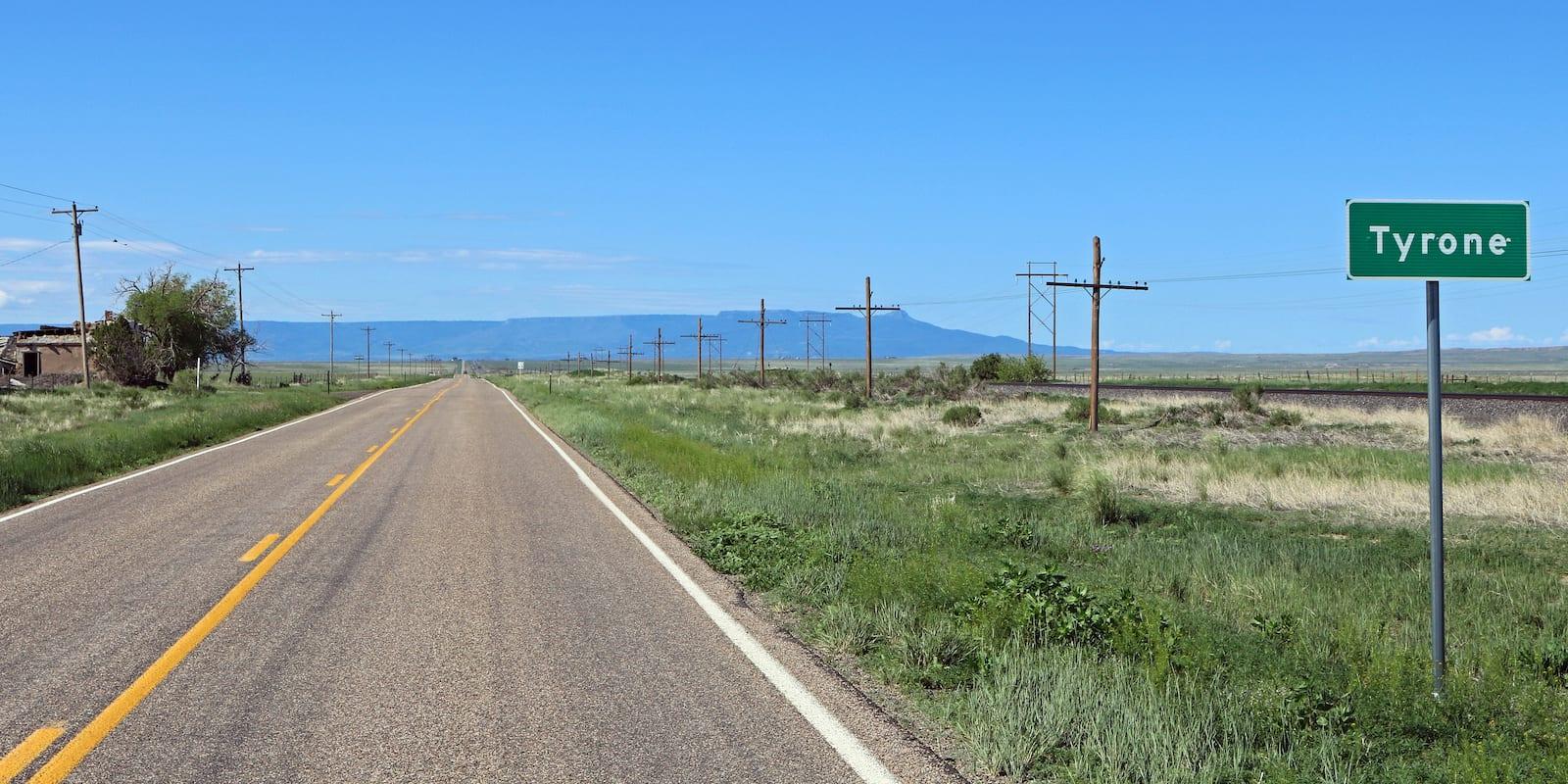 Tyrone, Colorado Sign US-350