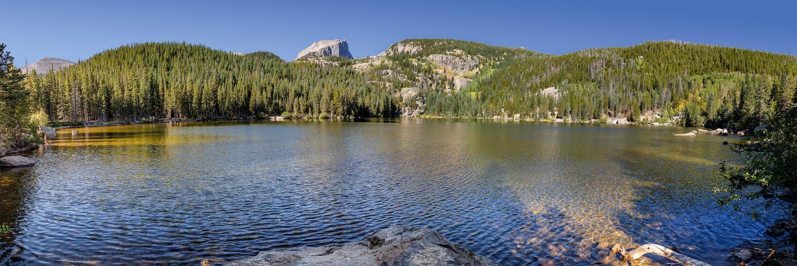 View panorama of Bear Lake, CO