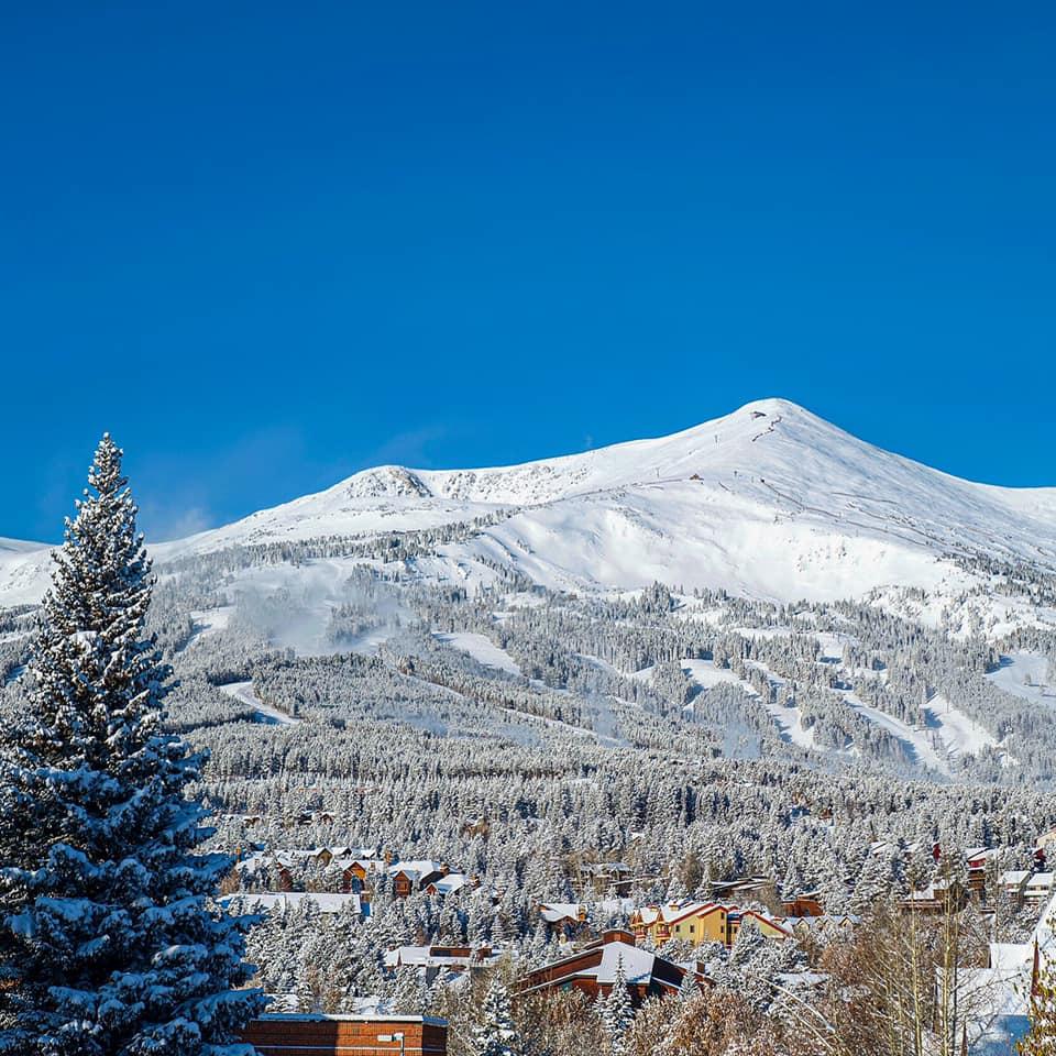 image of breckenridge ski resort