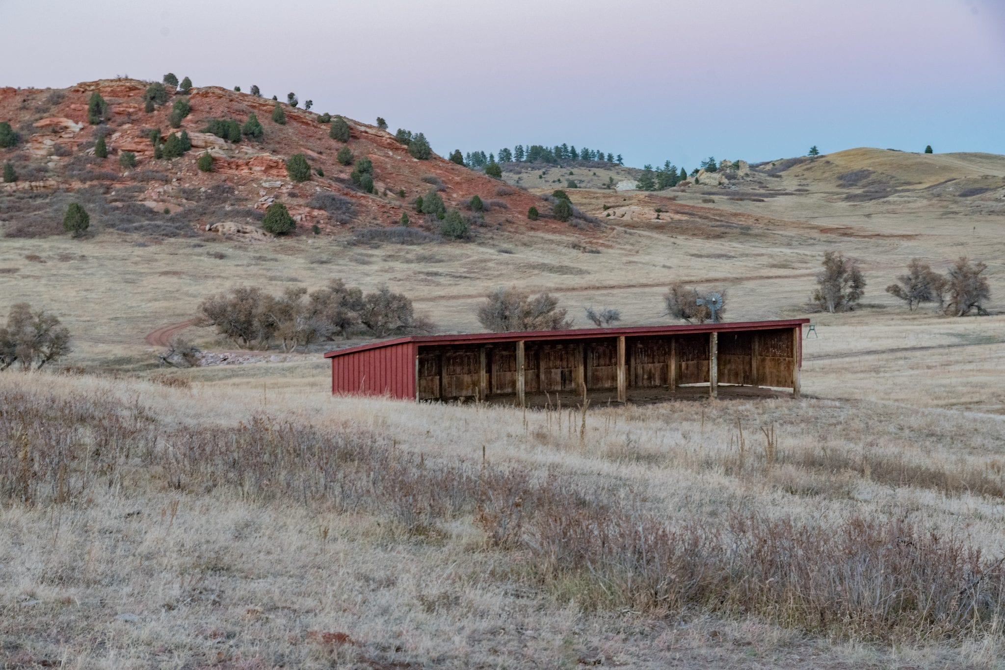 image of barn at sandstone ranch