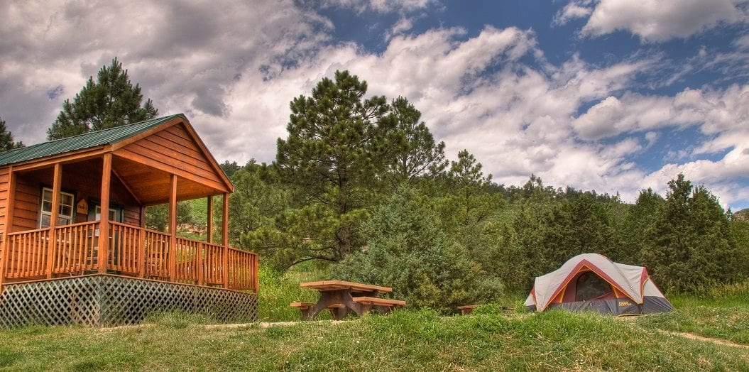 image of cabin at horsetooth reservoir