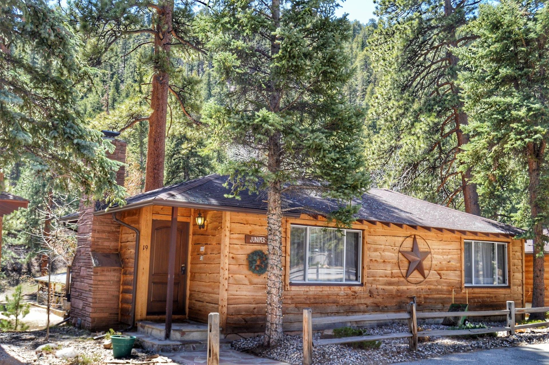 image of inn on fall river