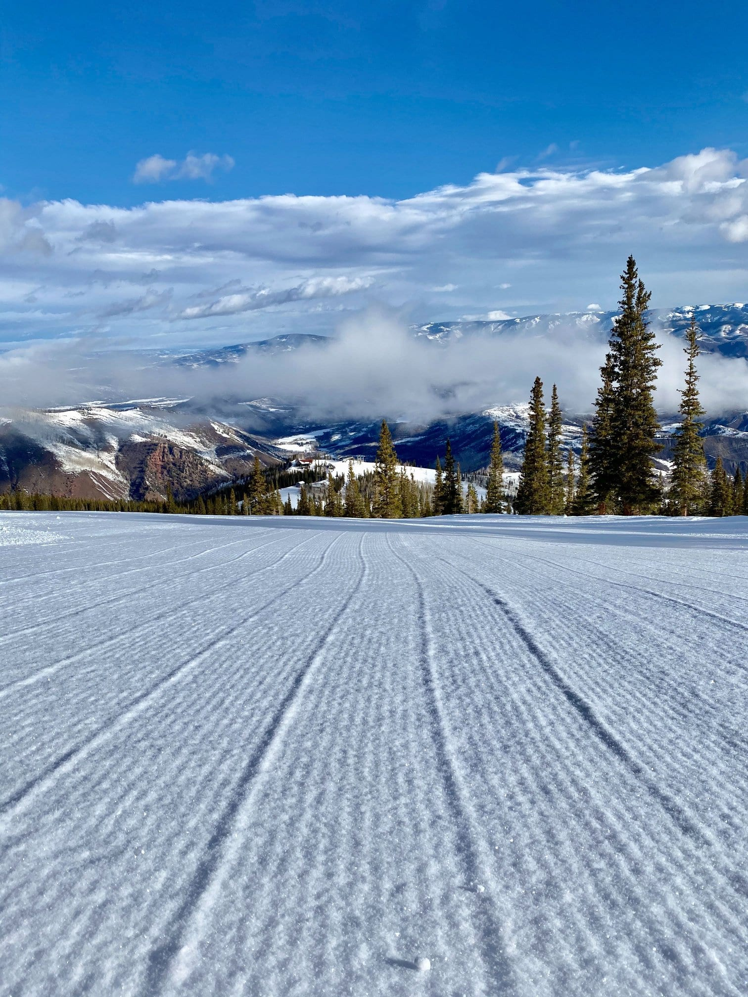 image of snowmass mountain