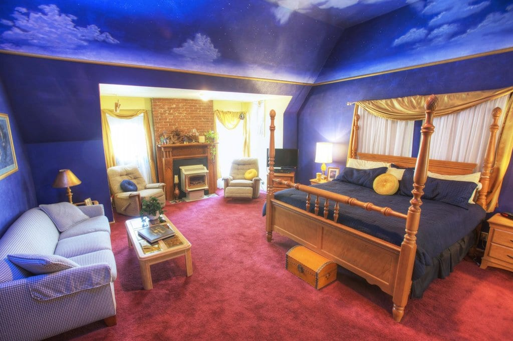 image of room at the adagio bed and breakfast denver
