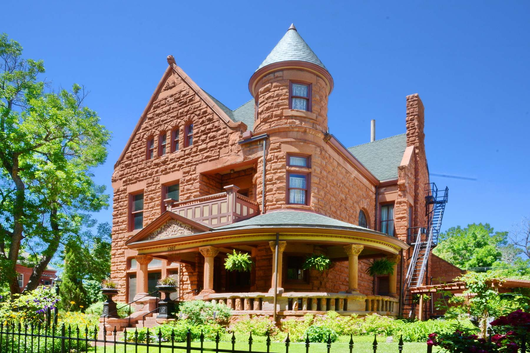 image of capitol hill mansion bed and breakfast in denver