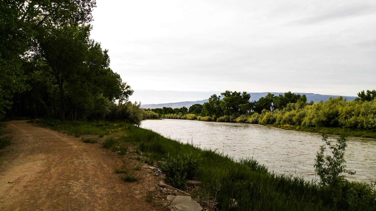 Delta Confluence Park Hiking Trail beside the Gunnison River