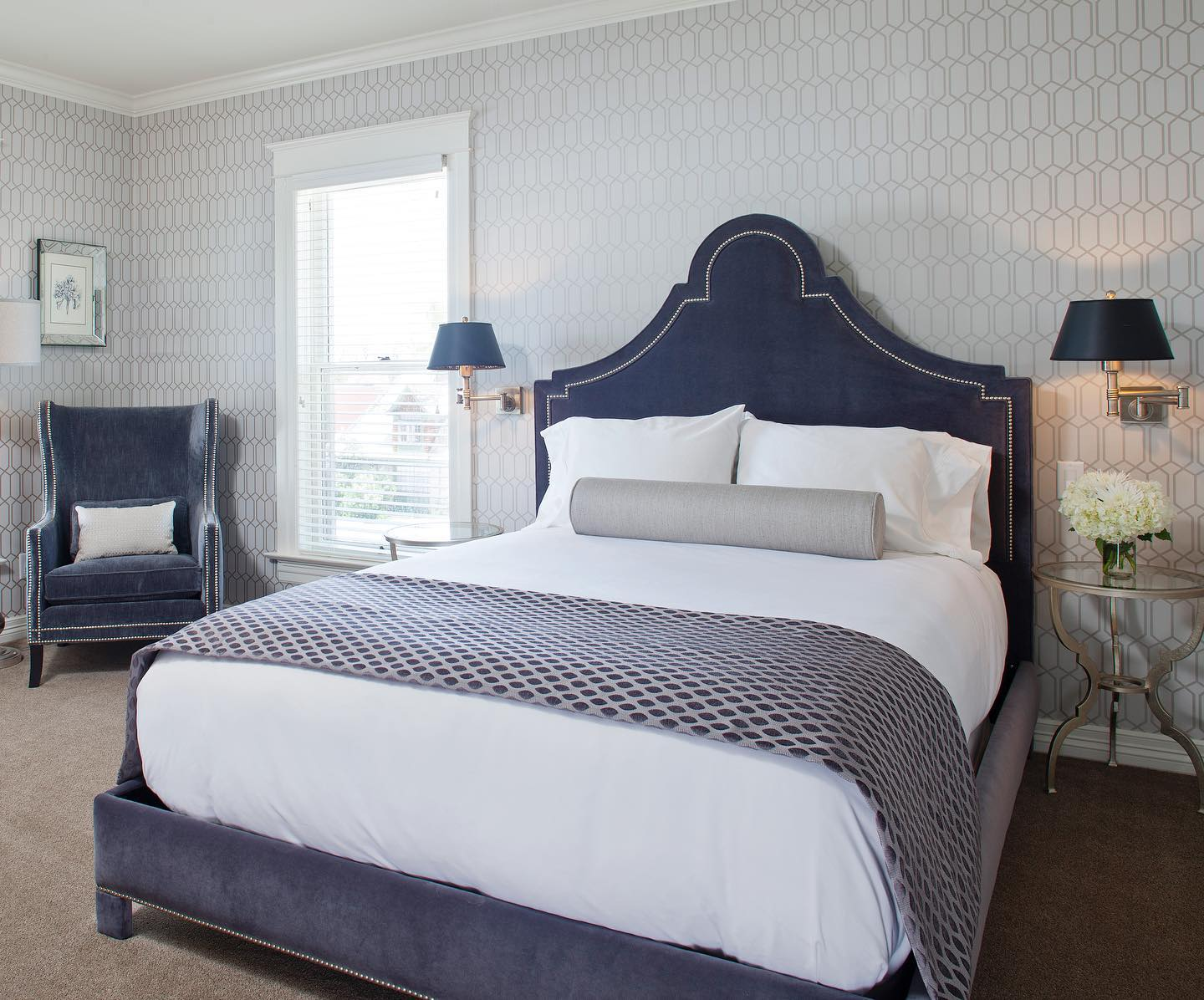 image of room at edwards house inn