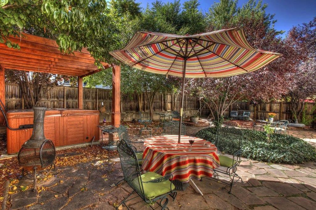 image of outdoor garden at adagio bed and breakfast