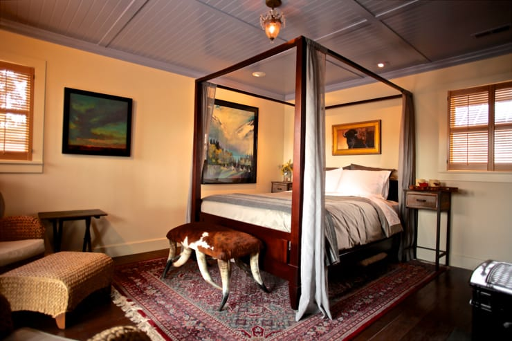 image of room at whiskey belle ranch