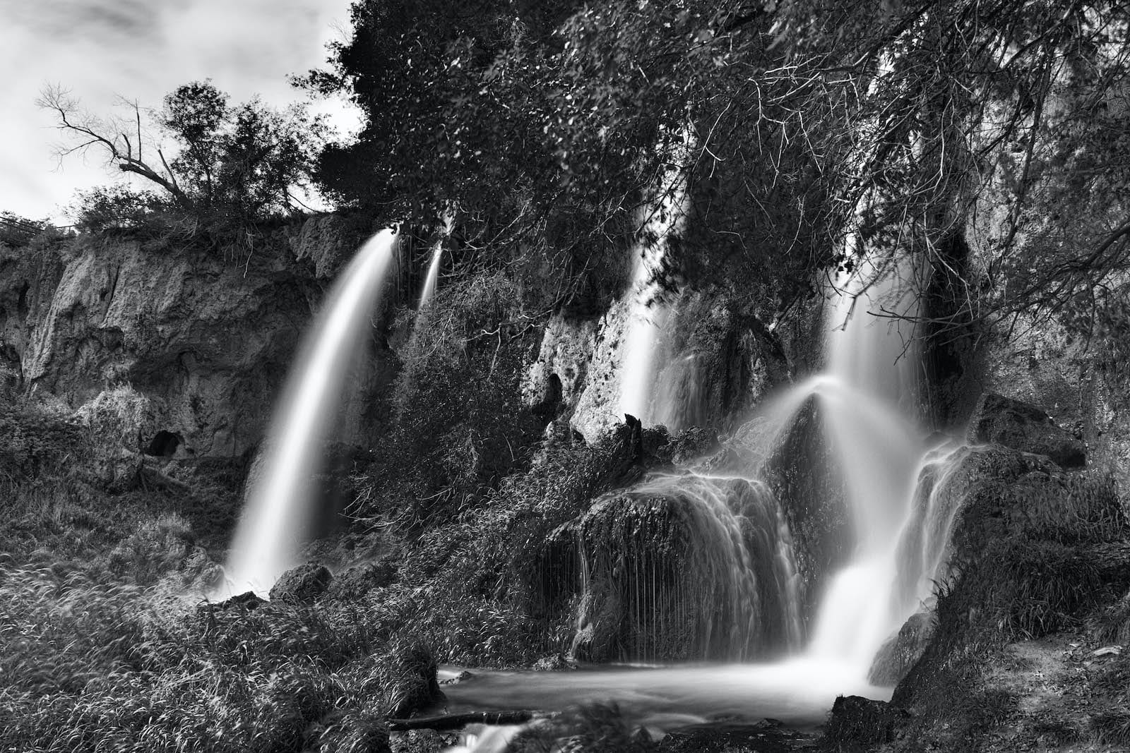 Black and white image of Rifle Falls in Rifle, Colorado