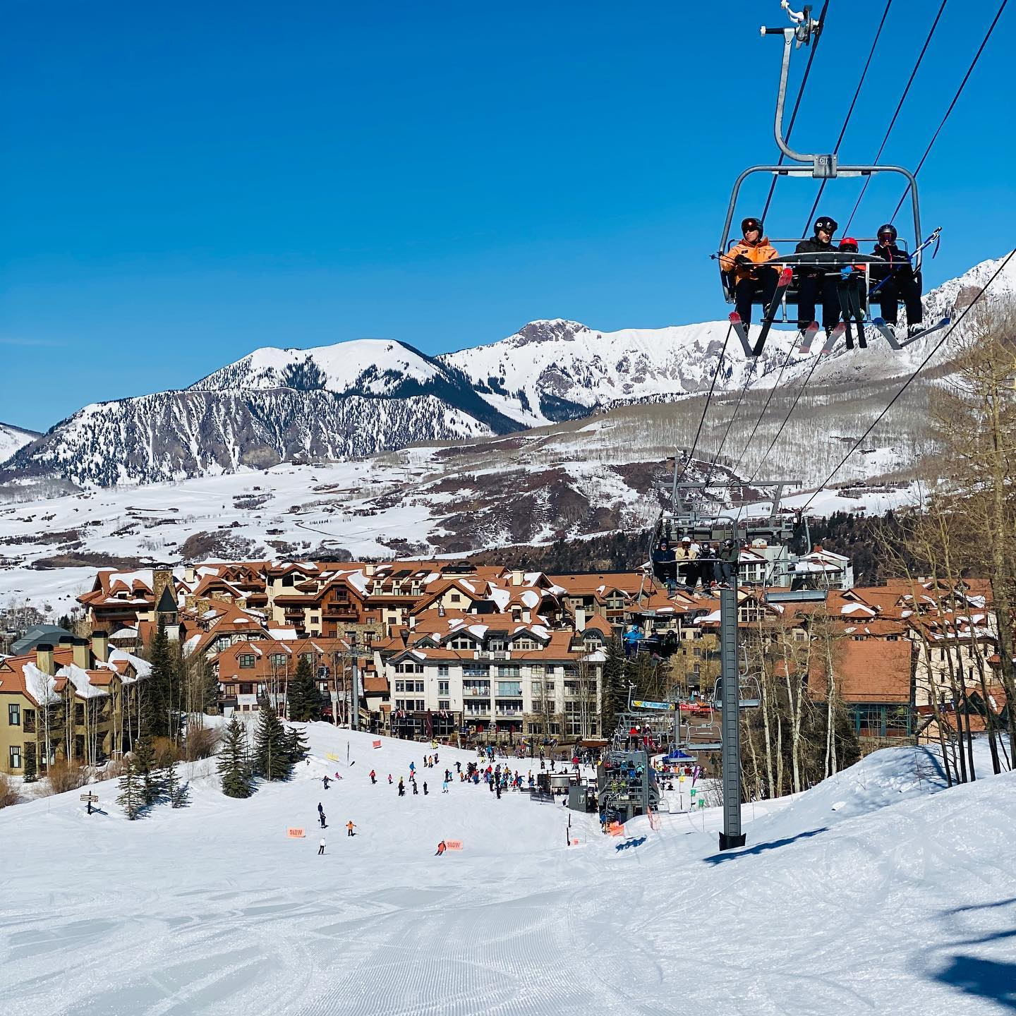 image of telluride ski resort
