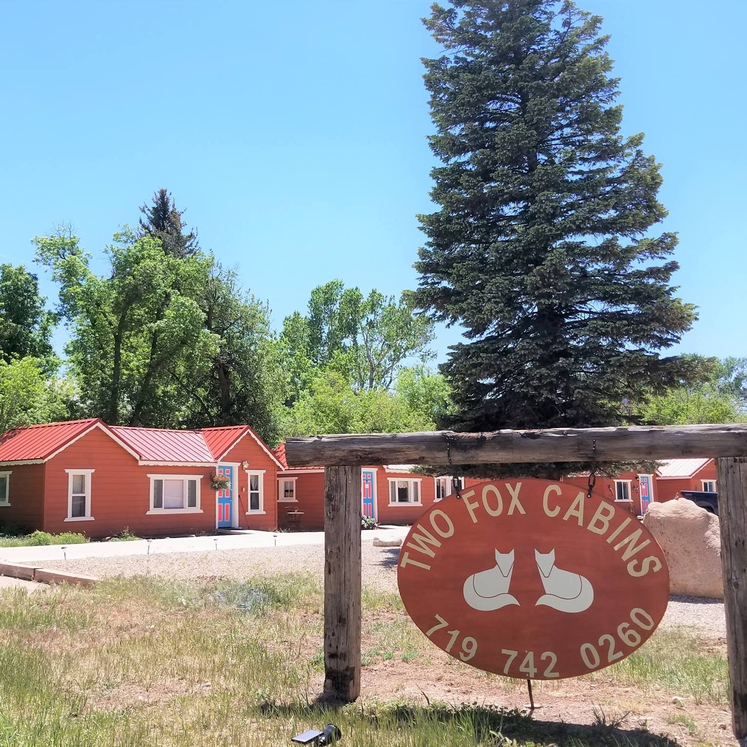 image of two fox cabins