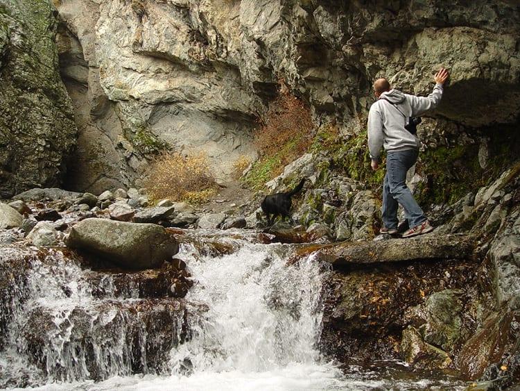 Zapata Falls Hiking Trail Cascades