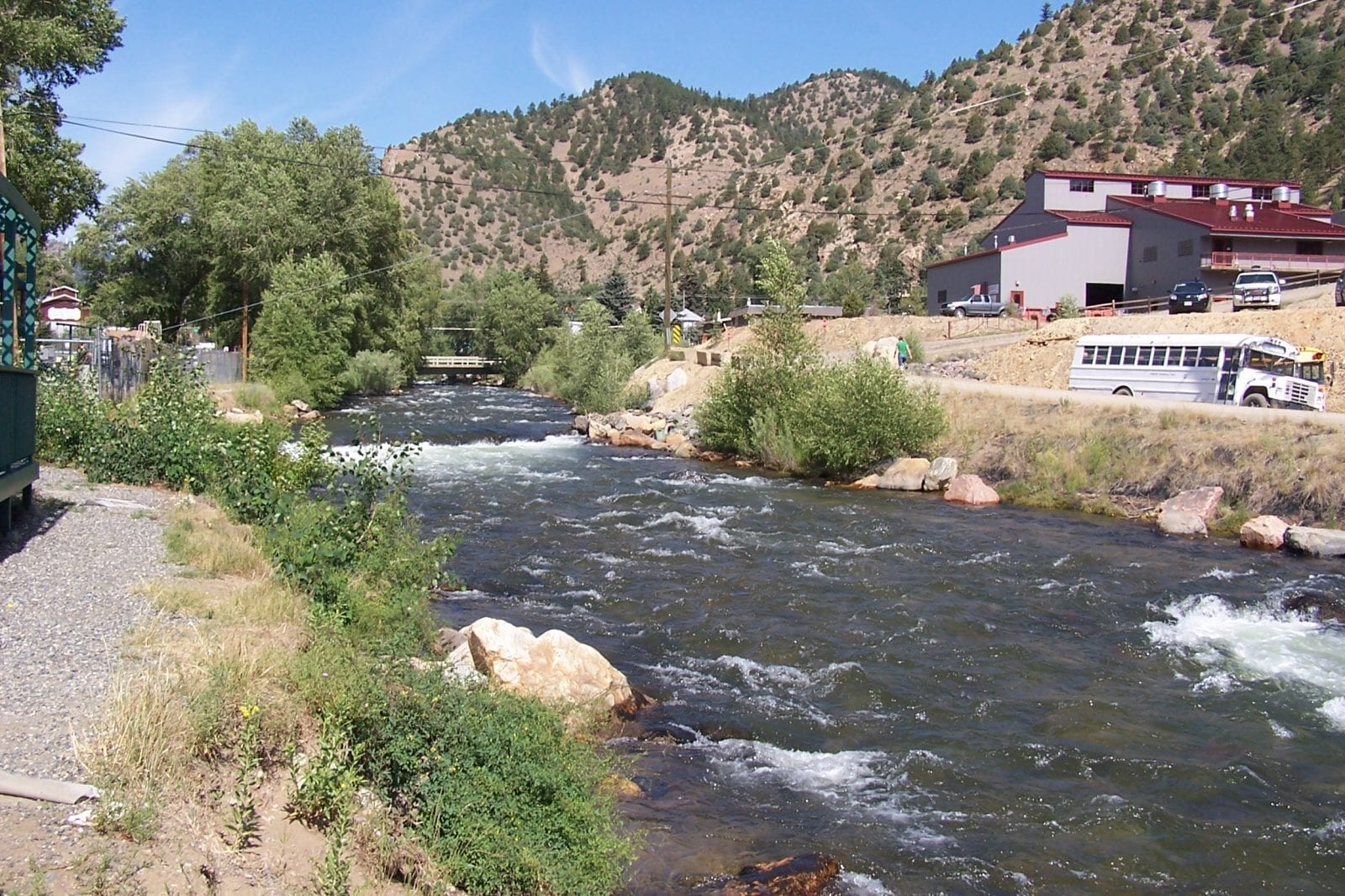 Image of the Arkansas River flowing through mountains