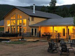 Image of the lodge at Bison Peak Lodge at Puma Hills in Colorado