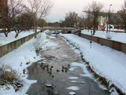 Image of Cherry Creek flowing through Denver in Colorado