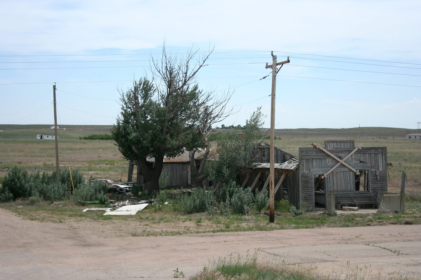Image of an abandoned building in Dearfield, Colorado.