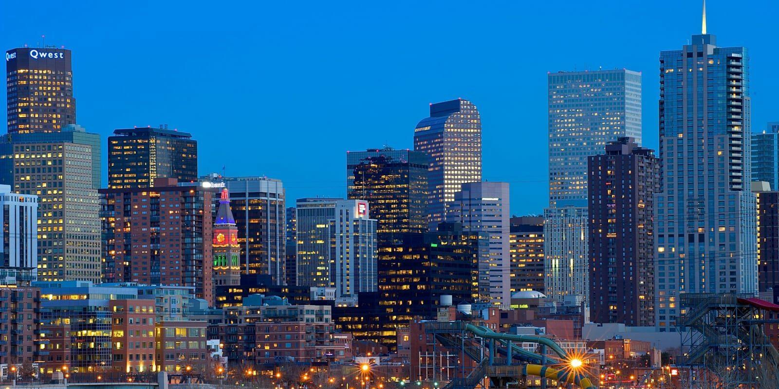 Image of the Denver skyline at night