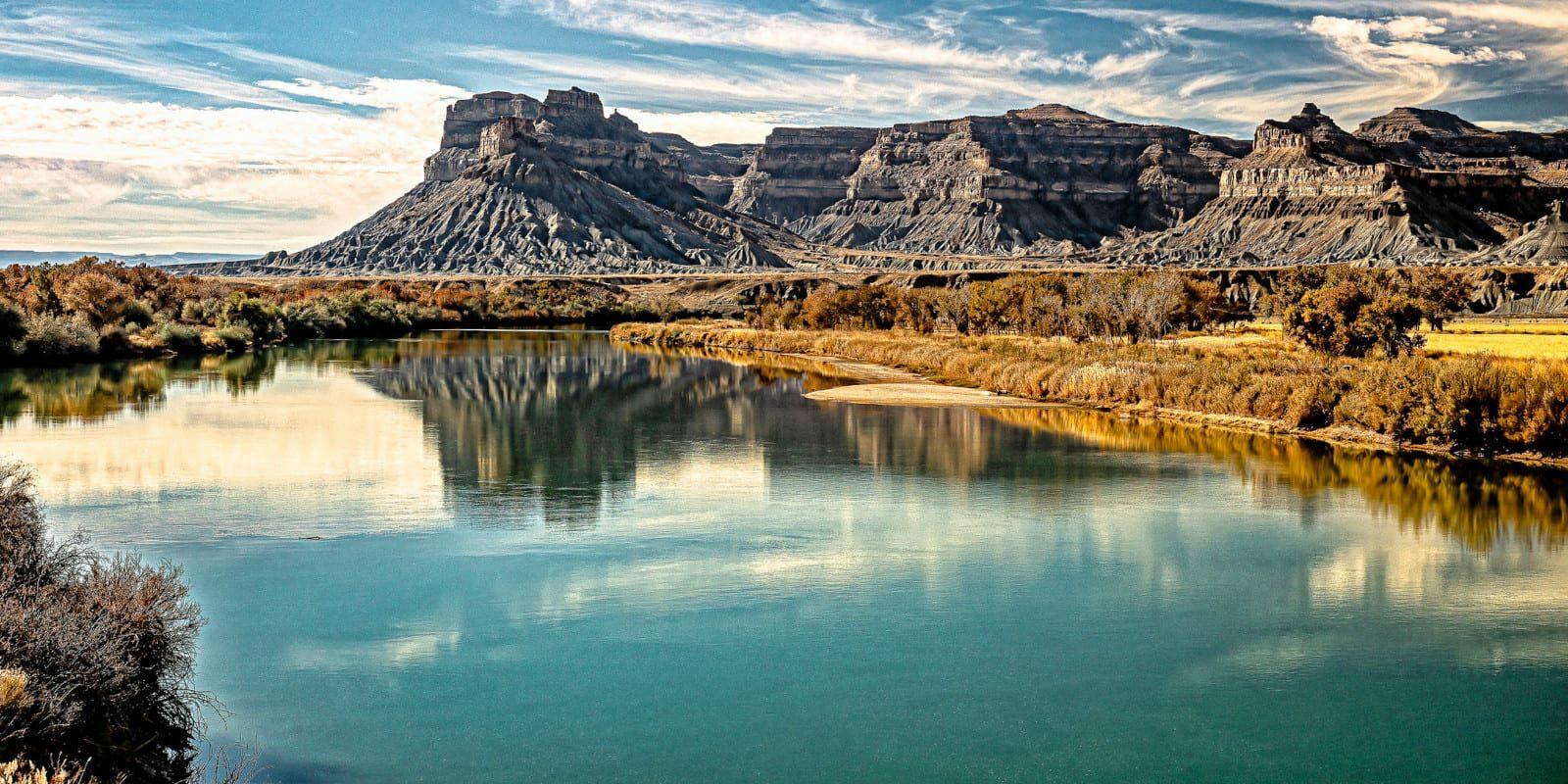 Image of the Green River near Battleship Butte, Utah