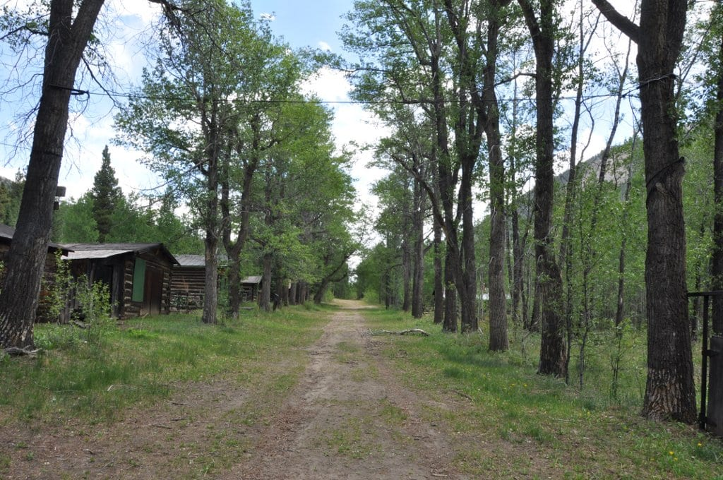 Image of the main street of the ghost town of Vicksburg in Colorado