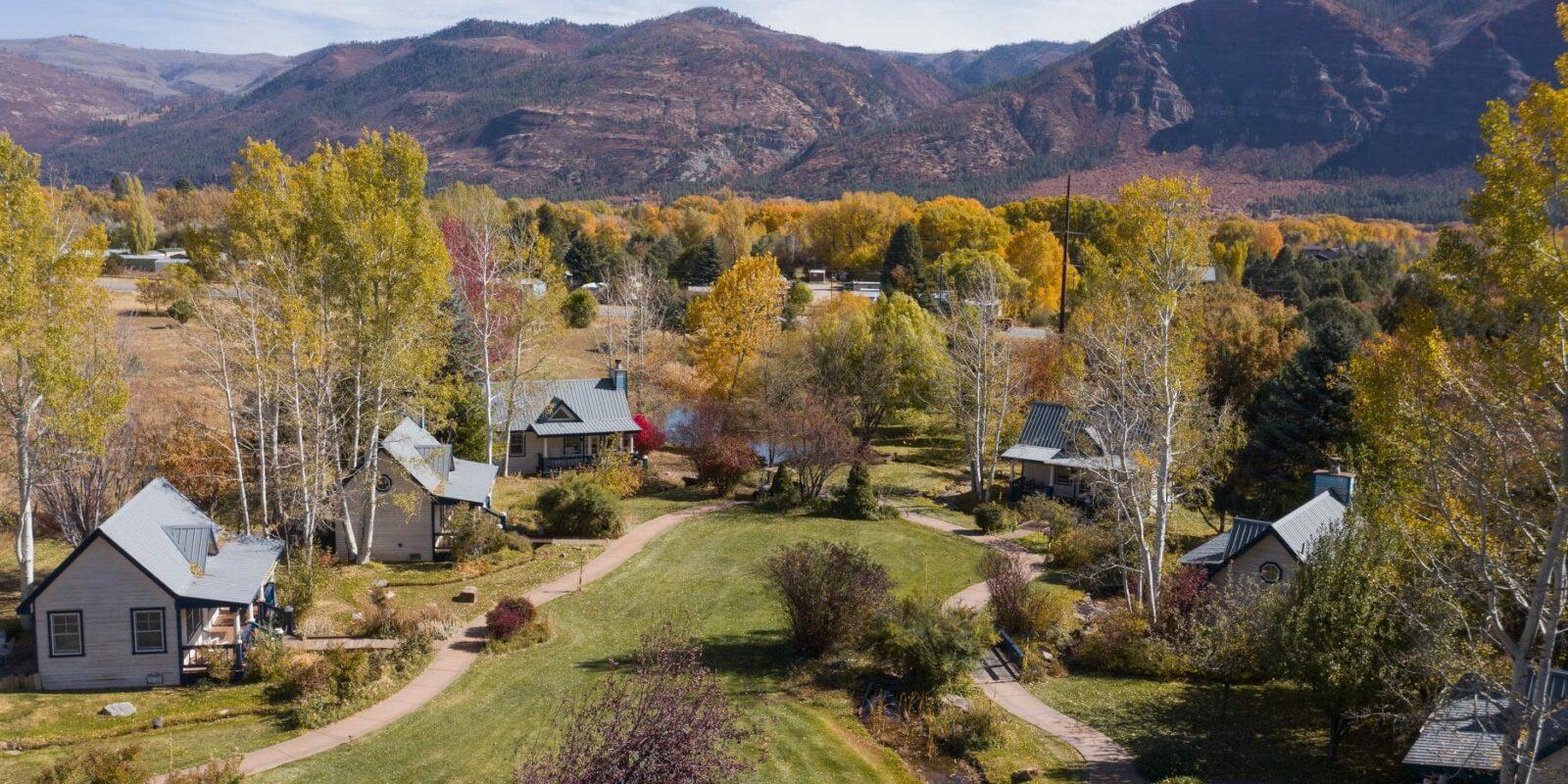 image of apple orchard inn