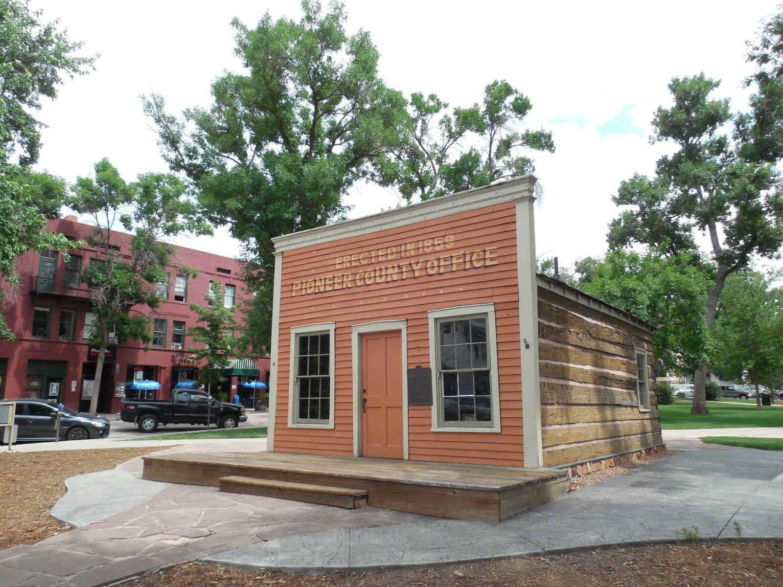 Image of the Pioneer County Office in the Bancroft Park in Colorado Springs, Colorado