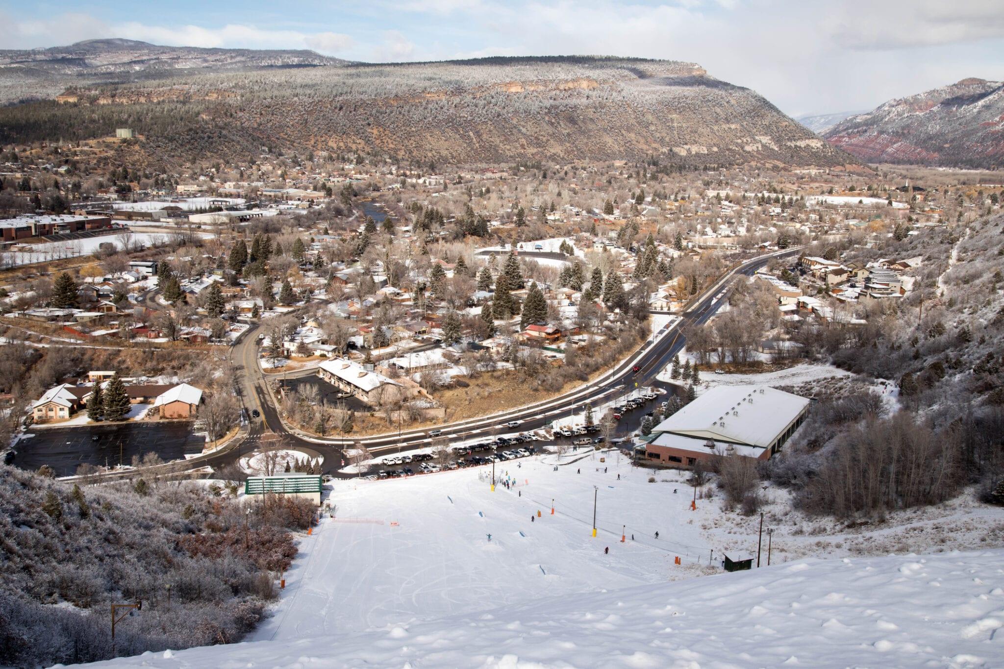 image of chapman hill ski area