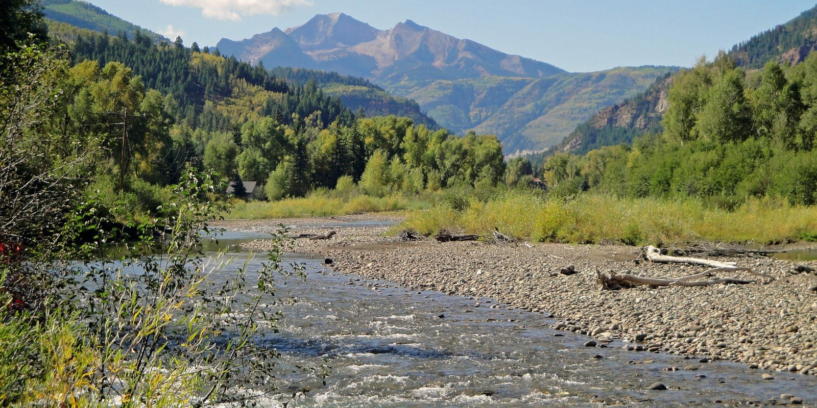 Image of the Crystal River flowing through mountains in Colorado