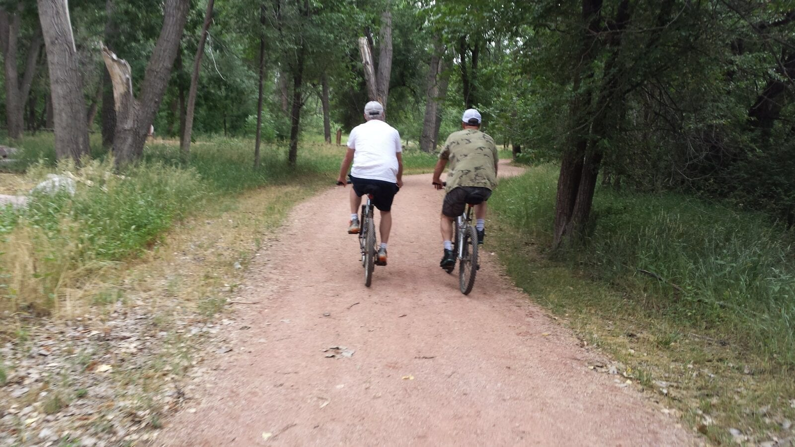 Image of two bikers at the Fountain Creek Regional Park Trail in Fountain, Colorado