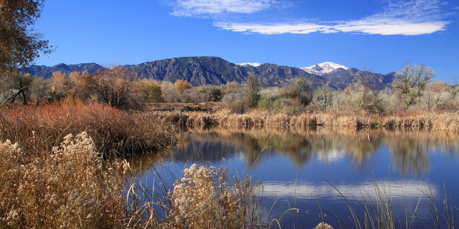 Image of the Fountain Creek Regional Park in Colorado looking out at Pikes Peak