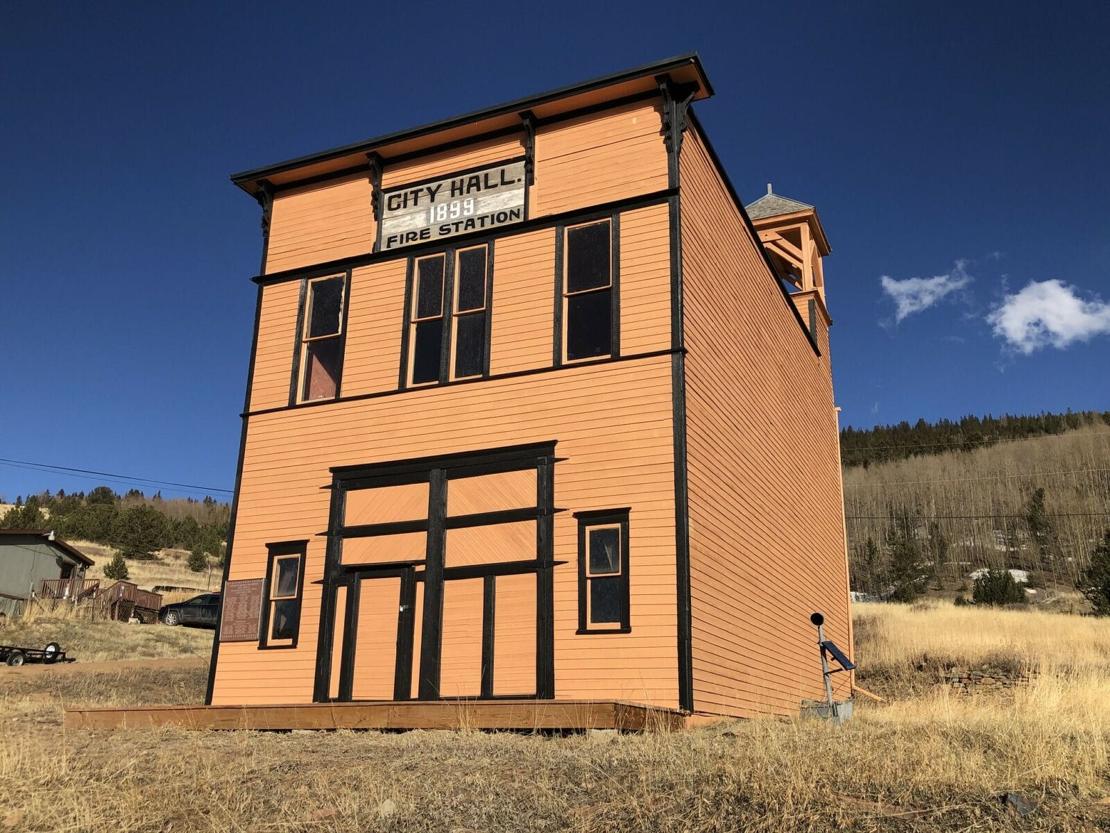 Image of the city hall in goldfield, colorado