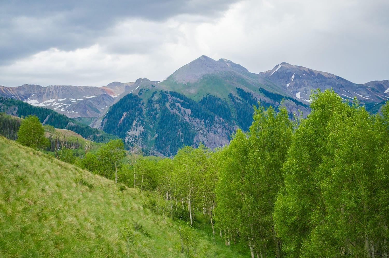 image of hiking in telluride