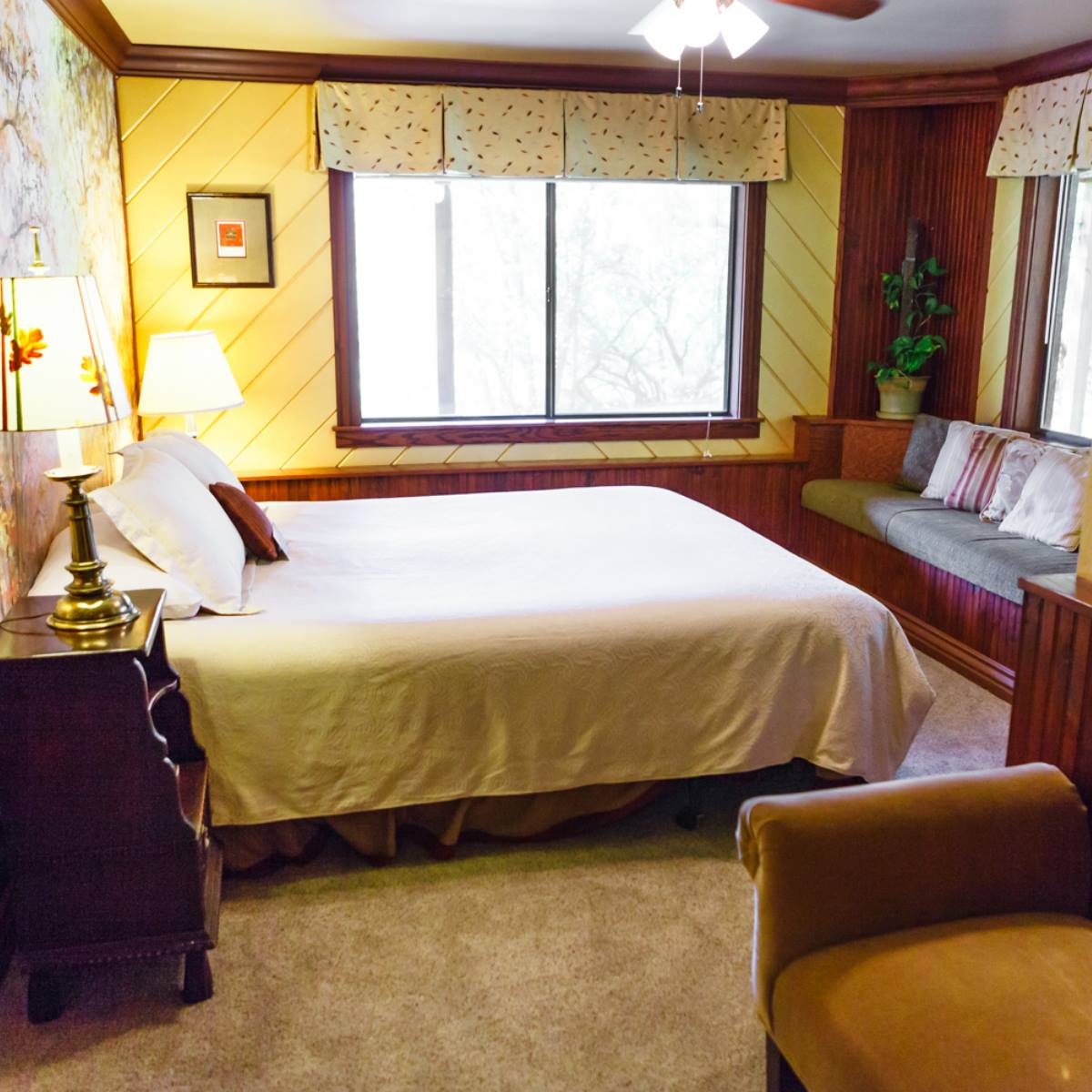 image of room at the country sunshine bed and breakfast